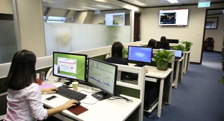 Lärm im Büro: Wie laut darf es im Büro sein?